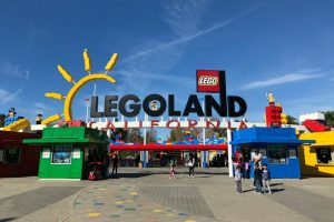 Legoland California On A Budget Park Entrance